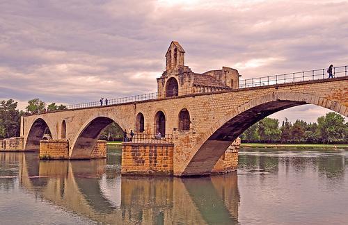 4667831816 pont saint benezet aka le pont d avignon p