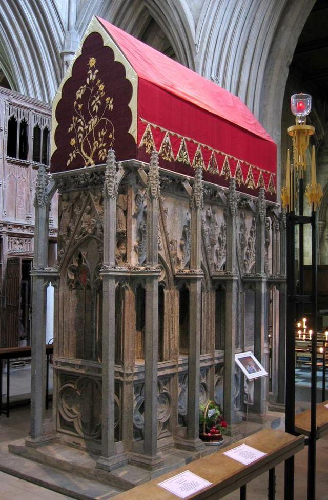 640px shrine of st alban