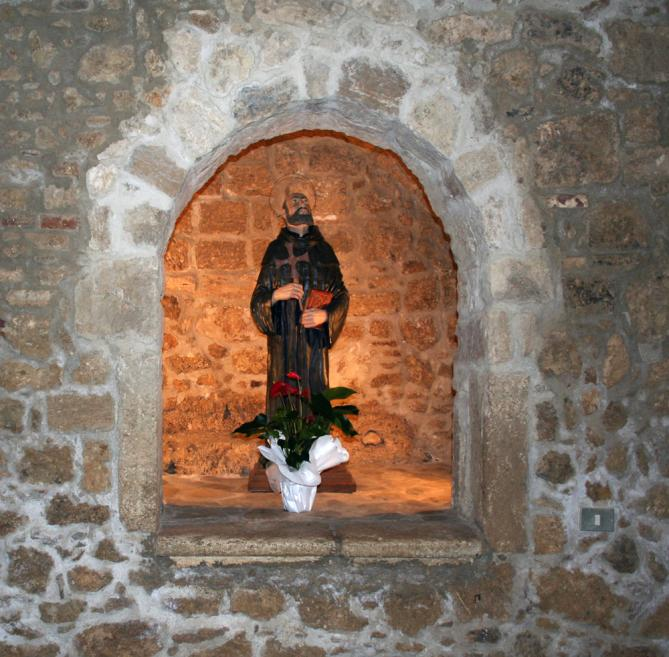 Abbazia santa maria in montesanto statua di san giovanni gualberto