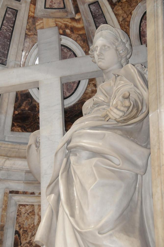Estatua de santa helena 11