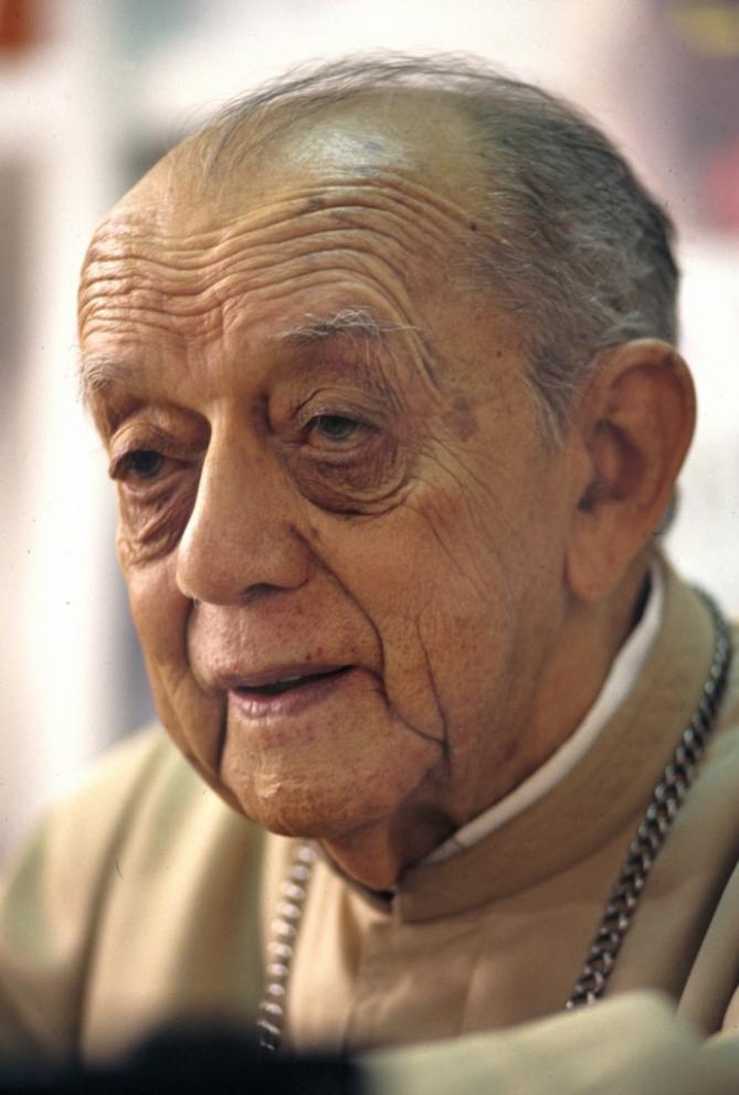 Inician el proceso para beatificar al brasileno helder camara el obispo rojo 691x1024