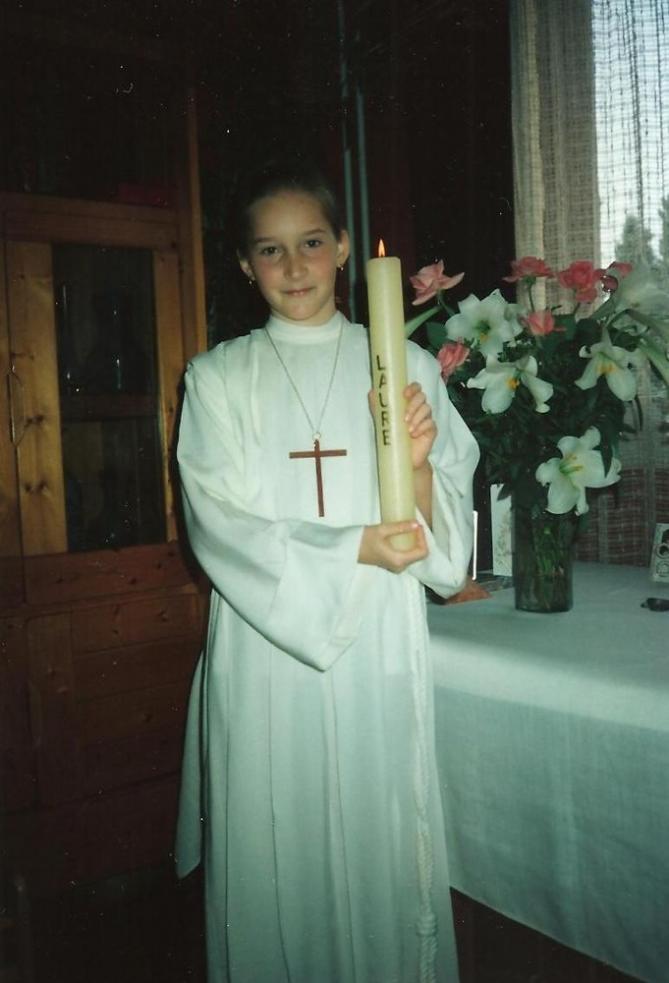 Laure 1ere communion