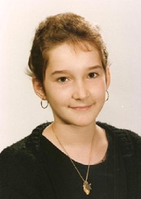 Laure photo de classe a 14 ans 2 2