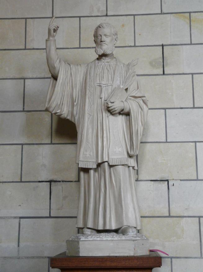 Loudun eglise st pierre statue jc cornay 1