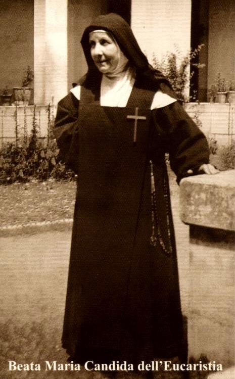 Maria candide de leucharistie 1