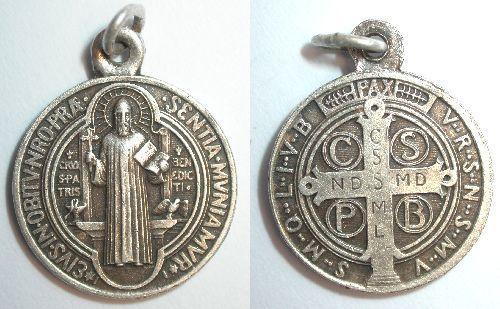 medaille-st-benoit-1.jpeg