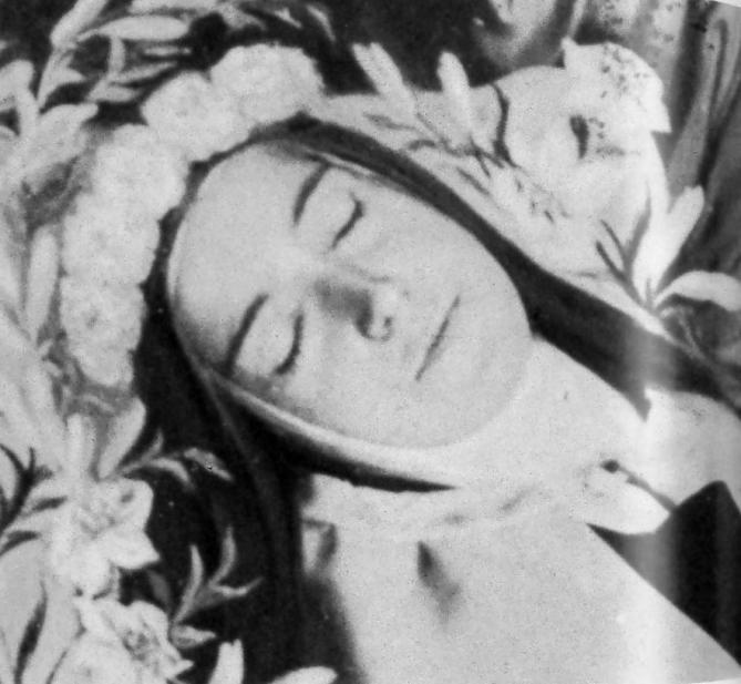 Photo therese lisieux morte 1