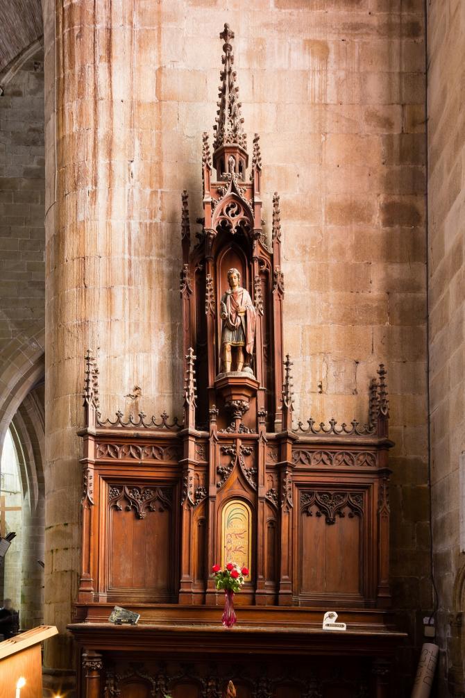 Retable de la chapelle saint victor de marseille de l eglise saint malo dinan france 2