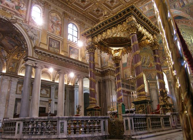 Rom santa maria maggiore papstaltar 1