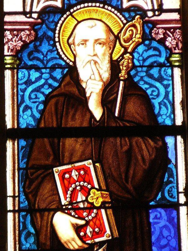 Saint wandrille vitrail dans l eglise saint michel a saint wandrille rancon 1