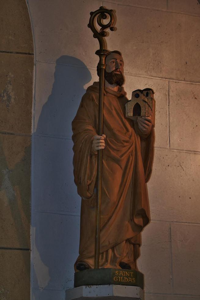 Statue de gildas chapelle saint gildas de bieuzy 11 2