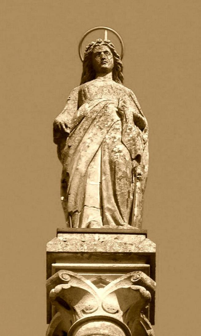 Statue de sainte colombe 11
