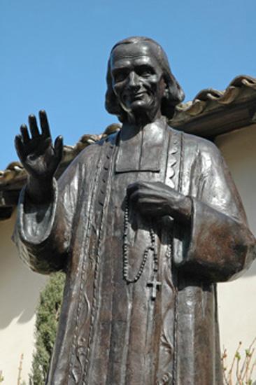 Statue du saint cure d ars 1