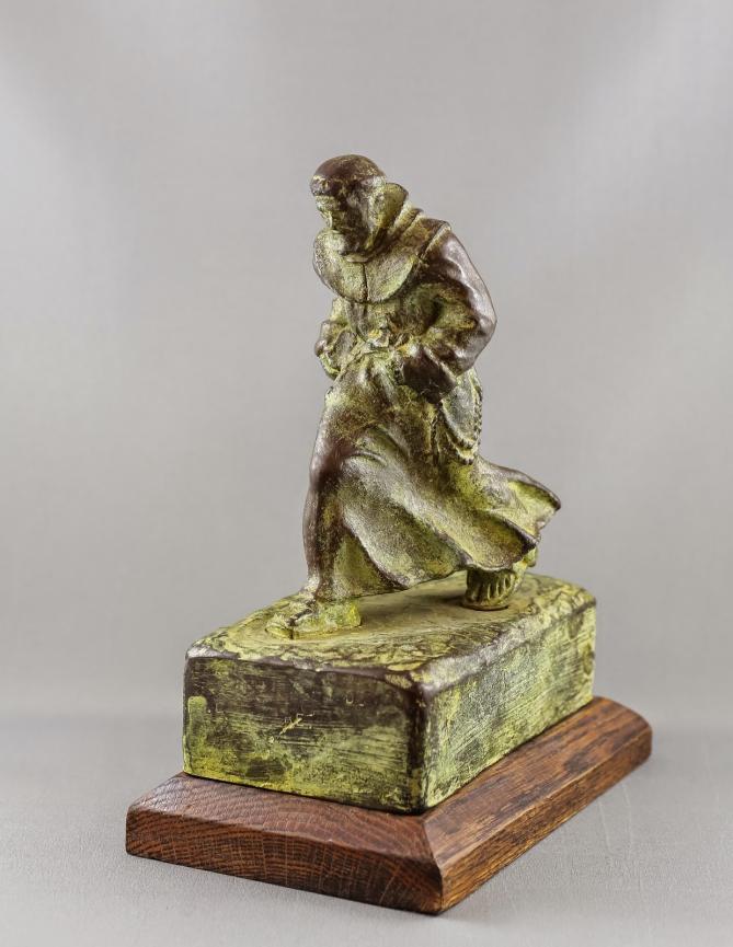 Statue marcheur