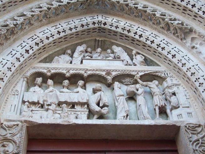 Tympan du portail saint jean