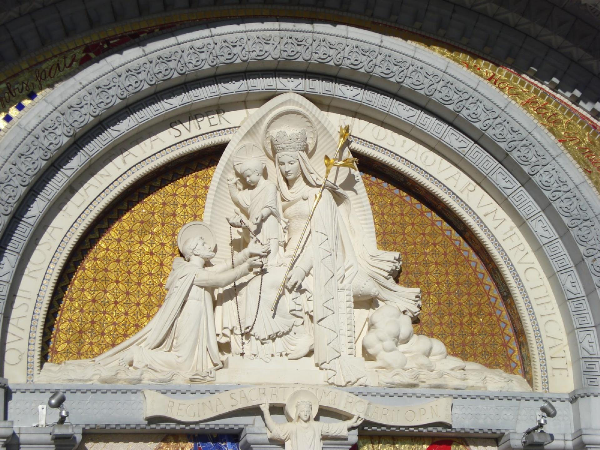 Notre-Dame du Rosaire. Fête le 07 Octobre.